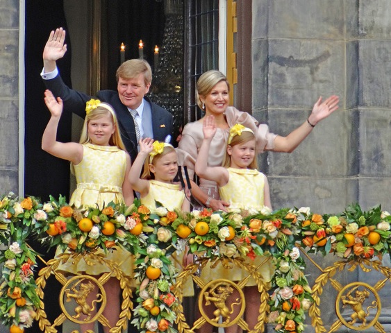 W-A i rodzina na balkonie