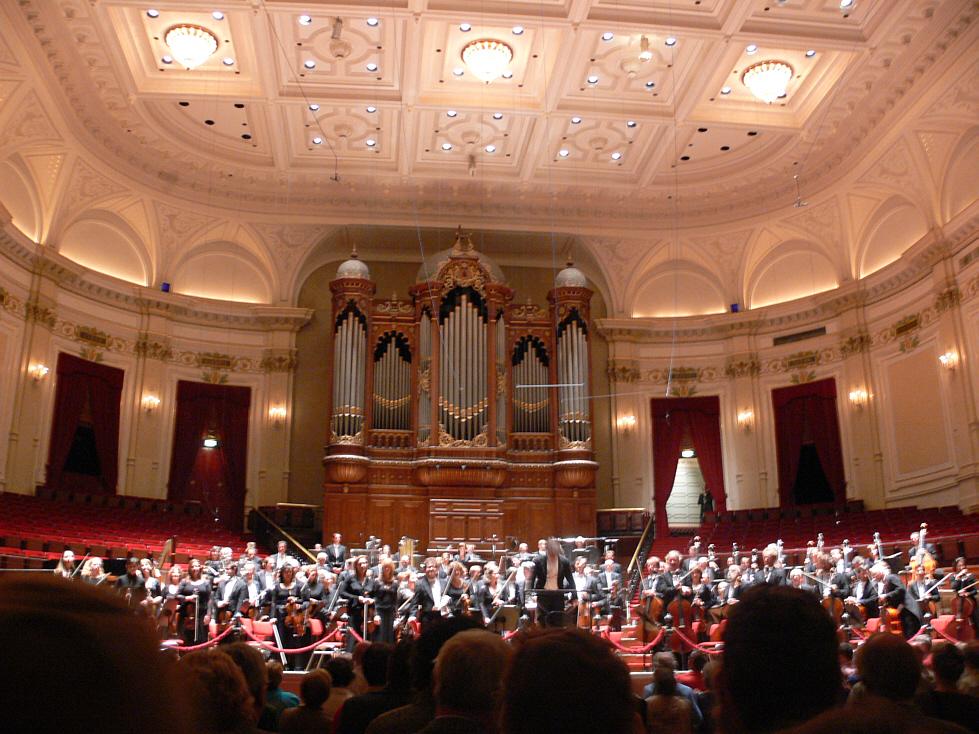 Concertgebouw_zaal_orkest