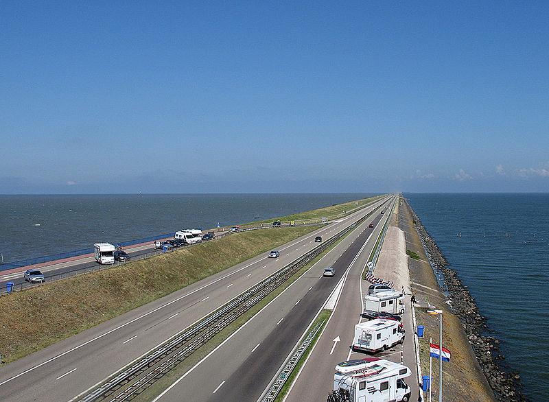 Afsluitdijk_2006